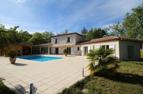 5 bed House - Villa For Sale in Provence Verte - Haut Var,