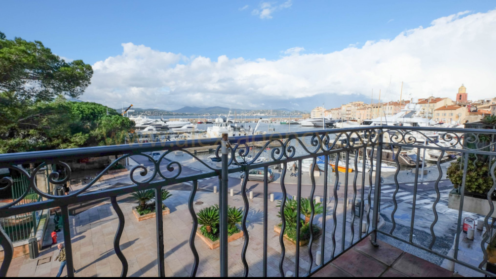 6 bed Apartment For Sale in Saint Tropez Area,