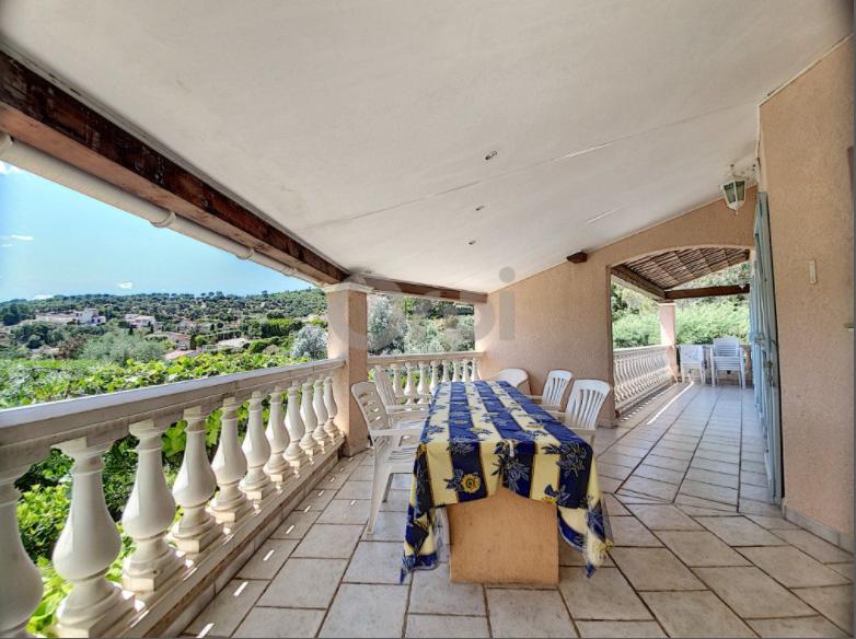 5 bed House - Villa For Sale in Saint Tropez Area,