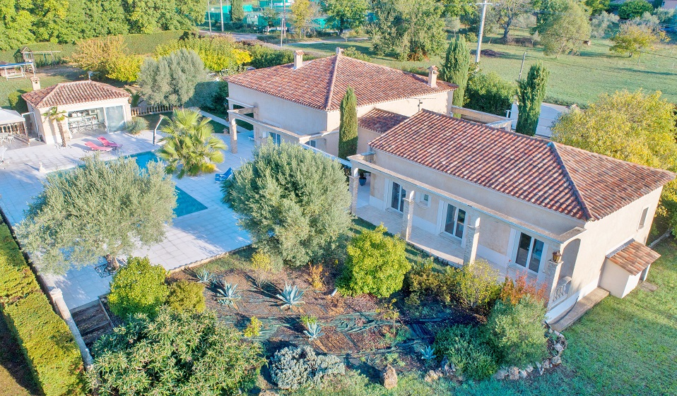 3 bed House - Villa For Sale in Lorgues Draguignan area,