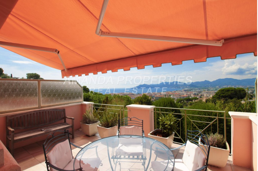 2 bed Apartment For Sale in Cannes Area,