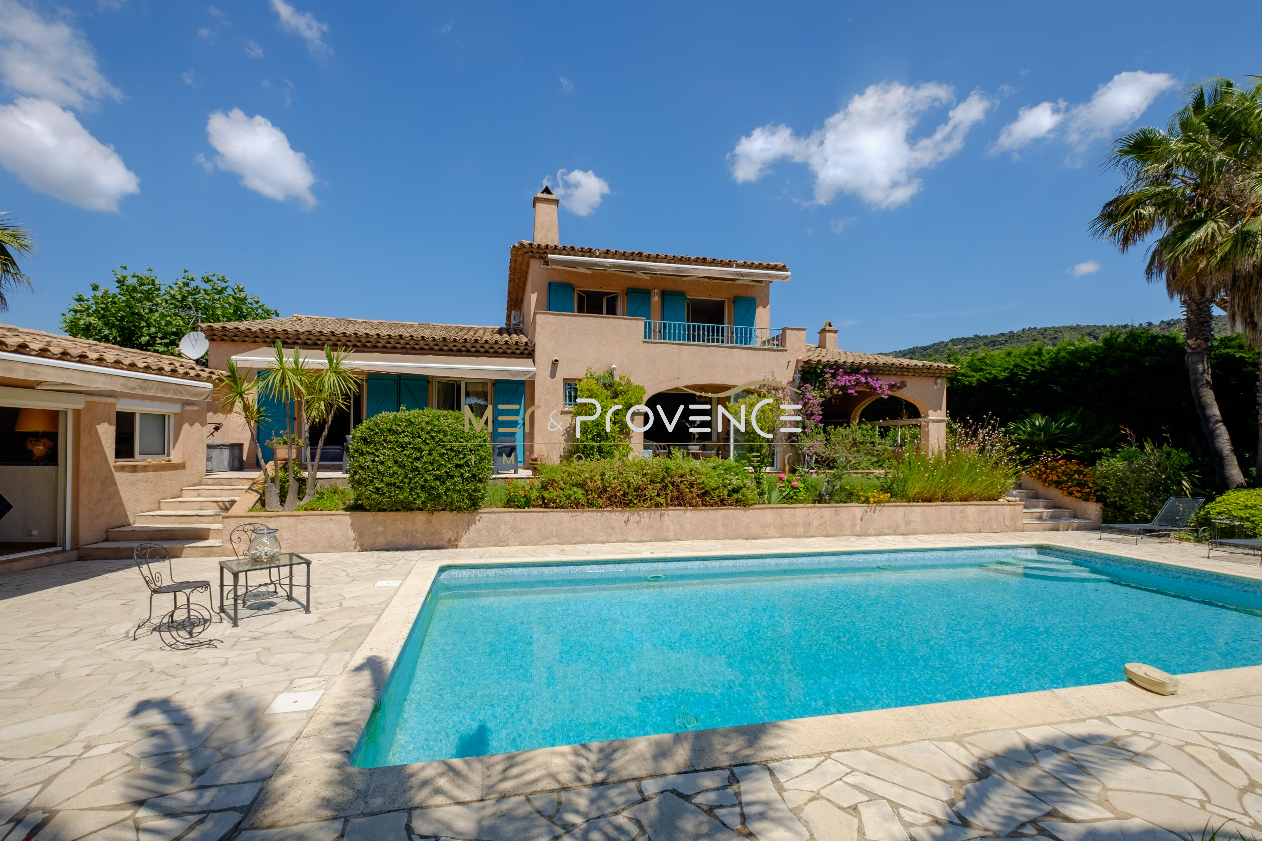 3 bed House - Villa For Sale in St Tropez area,