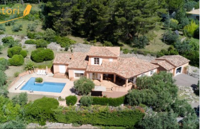 4 bed House - Villa For Sale in DRAGUIGNAN AREA,