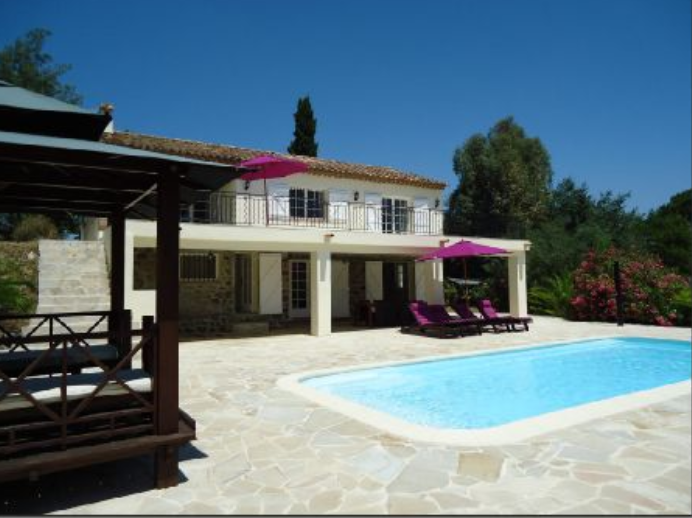 5 bed House - Villa For Sale in Saint Tropez Area,